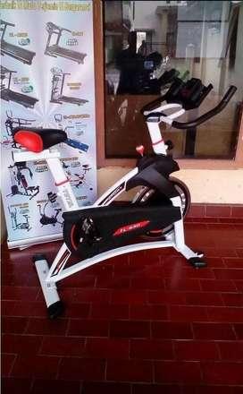 Sepeda Statis Spinning Bike // Runner OD 13T52