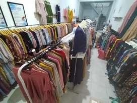 Cari jaga toko baju