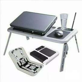 Meja laptop portable dengan pendingin