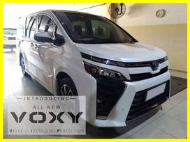 Toyota Voxy 2.0 AT 2018 Low KM