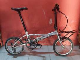 Sepeda Lipat Polygon Metro 16inch murni