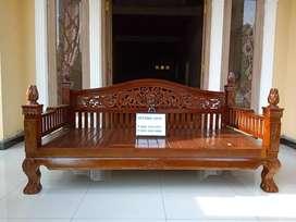 Sofa bale kayu jati klasik