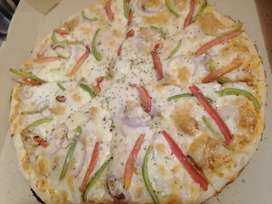 Chef or helper required for restaurant in Johartown