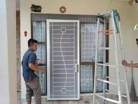 Pintu teralis kasa nyamuk minimalis, modern, kwalitas baja