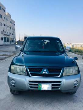 PAJERO EXEED 3200 ADVANCE in brilliant condition