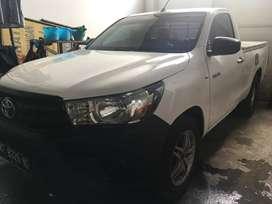 Toyota Hilux Single Cabin Bensin Tahun 2015 Ac Dingin