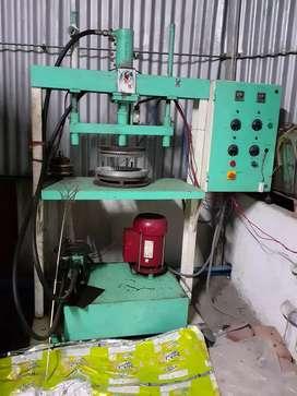Papper plate meaker machine