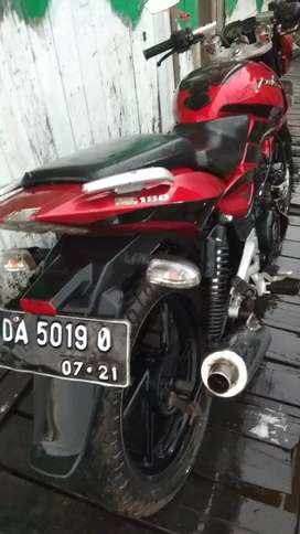 Di jual sepeda motor  fulsar