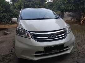 Sewa Honda Freed Murah Cibubur