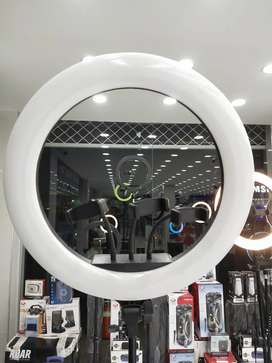 Ring light 17 inches