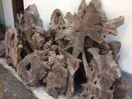 Hiasan dinding akar kayu jati