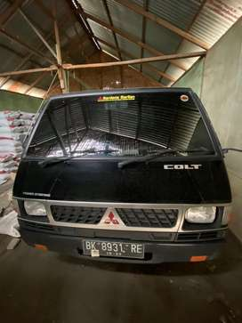 Dijual Mitsubishi L300 diesel manual