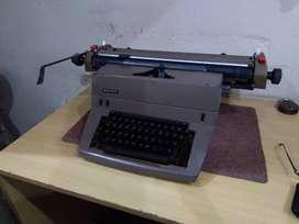 Halda - Manual Type Writer