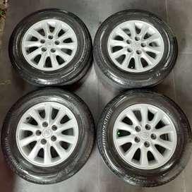 Velg dan ban R15 Original Toyota Innova tebal mulus Ertiga, APV, Luxio