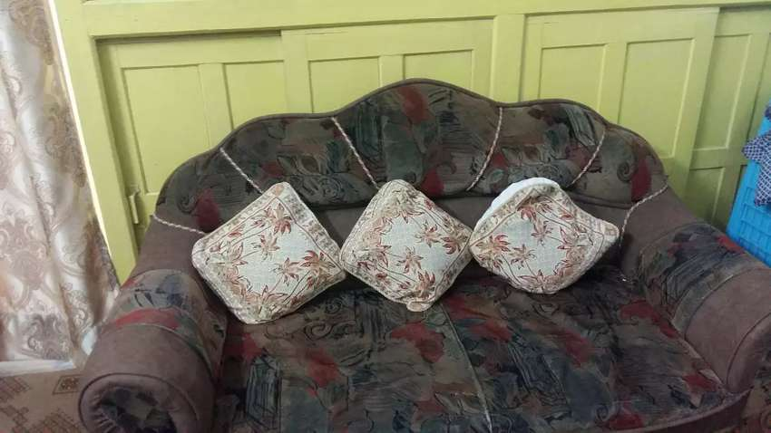 Seven seater  sofa set 0