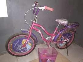 Sepeda anak,ukuran 20,umur 1th
