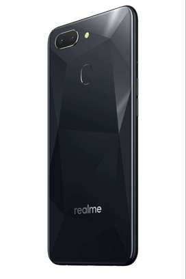 Realme 2. Daimond black  4gb ram 64 gb rom