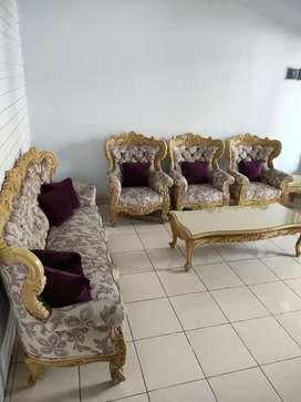 Sofa Ukir Vintage