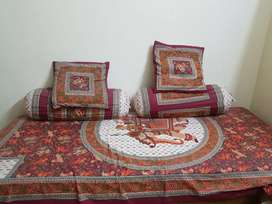 Diwan and storage bed