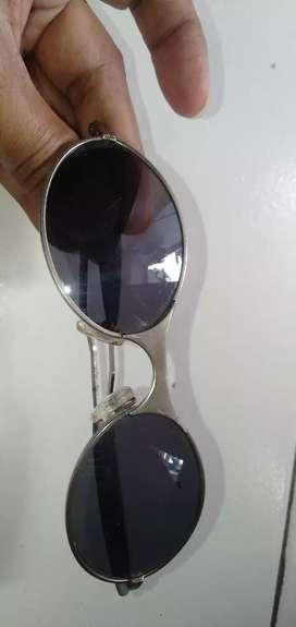 Kacamata hitam titanium silver Tomford