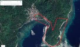 Tanah pinggir pantai Pulau Lembeh, Bitung, Sulawesi Utara
