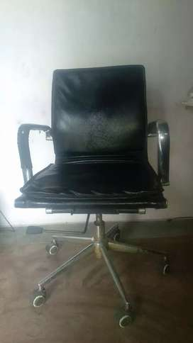 Black Color Office Leather Metal Chair