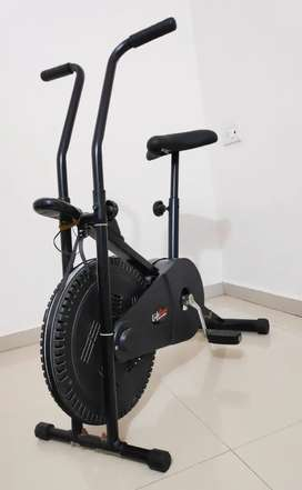 BRANDED GYM EXERCISE CYCLE