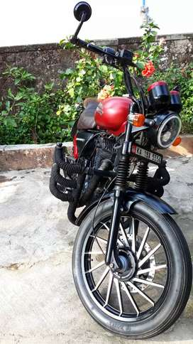 Royal Enfield Thunderbird 350,Best Customized Bullet in Town