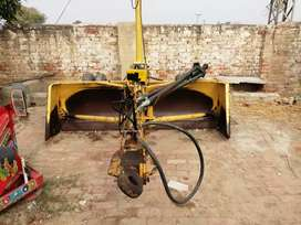 Laser leveler with all accessories