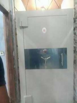 Pintu Khasanah Safe Papua Barat Sorong Pintu Bank Vault Door Pintu Klu