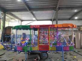 Paket wahana mainan labirin bundar mandi bola gerobak playground odong