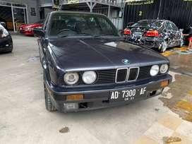 Dijual BMW 318i E30 M40 1991 80% ori Kurang Boleh Tambah Kendaraan