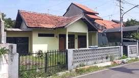 Dijual Tanah Bonus Bangunan Rumah Di JL Cempedak Utara  Semarang