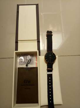 Jam tangan wanita daniel wellington