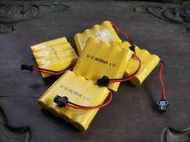 Baterai Cas RC Ni-CD AA2000mAh 4.8V Soket hitam