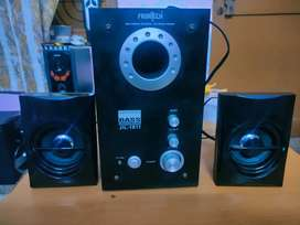 Home theater 2.1 Rs.1400