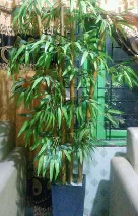 Pohon hias daun plastik