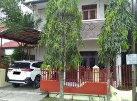 Rumah disewakan 5 KT + 2 KM, di Tanjung Sari, Komplek Pemda, Medan