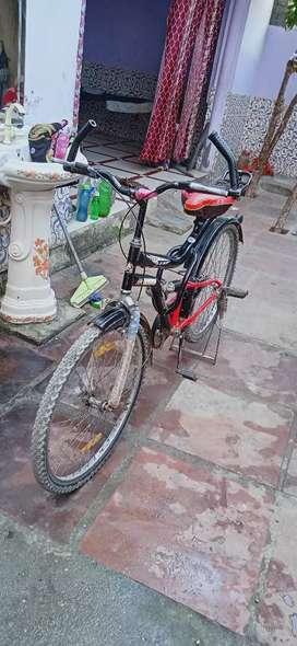 Avon cycle ki San 2018 model iska Ek Sal Chali