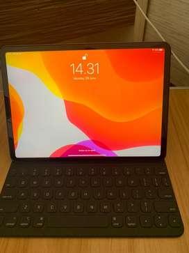 "ipad pro 11"" 2018 256 GB wifi only + apple folio keyboard *nego"