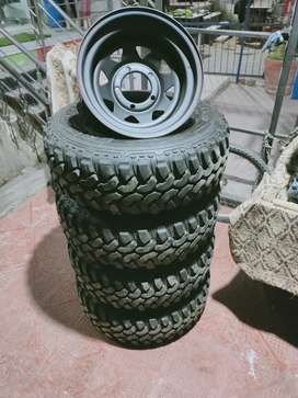 Thar Jeep Gypsy fit all modal type all type tyre here