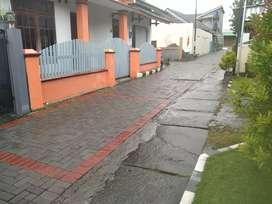Rumah Induk + Kos Murah 2 Lt Dekat Kampus UGM Belakang Hyatt