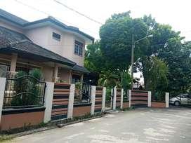 Dijual rumah murah konsep villa plus kebun cantik