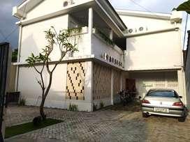 Kos Mewah Eksklusif 22 Kamar Bangunan Baru Jalan Dijual Cepat