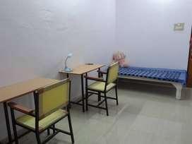 PG/Girls Hostel near Allahabad University
