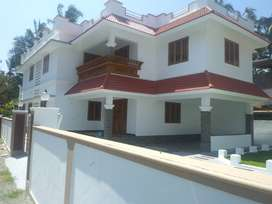 thrissur kuttemuke 8,500 cent 4 bhk posh villa