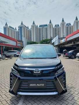 Toyota Voxy 2019 / Nik 2018
