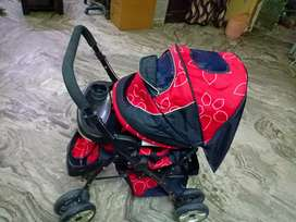 Baby stroller for your lil munchkin as good as new.