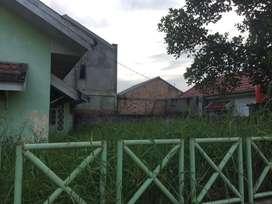 Jual murah Rumah + Tanah 3 Tumbuk