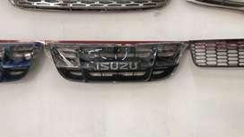 Grill Depan Isuzu Panther Kapsul Original